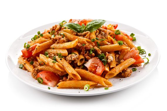 penne with meat and tomato